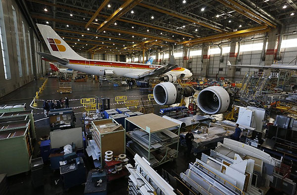 Contract of aircraft maintenance, intermediate difficulty for Iberia Maintenance